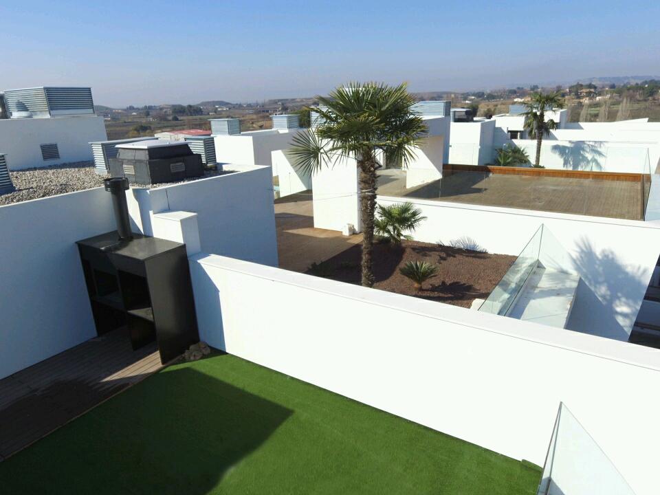 Detalle obra Botanic Park Lleida - Aislamiento SATE en fachadas
